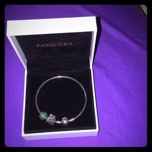 Pandora bangle with charms Authentic